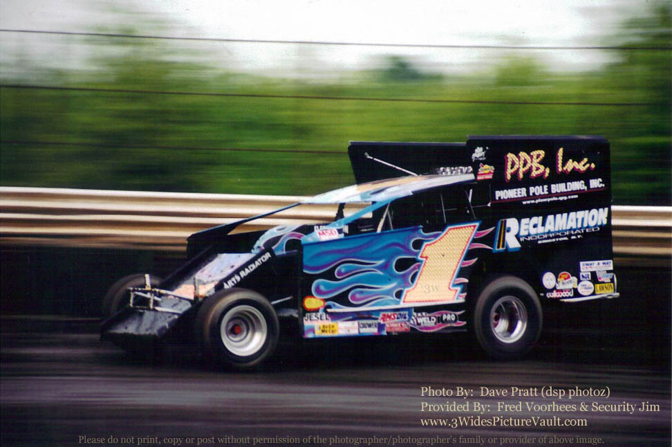 Favorite paint schemes page 2 bob hilbert for Dirt track race car paint schemes
